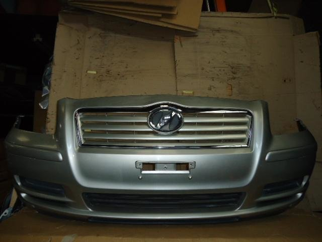 Бампер на Toyota Avensis AZT250 1AZ-FSE