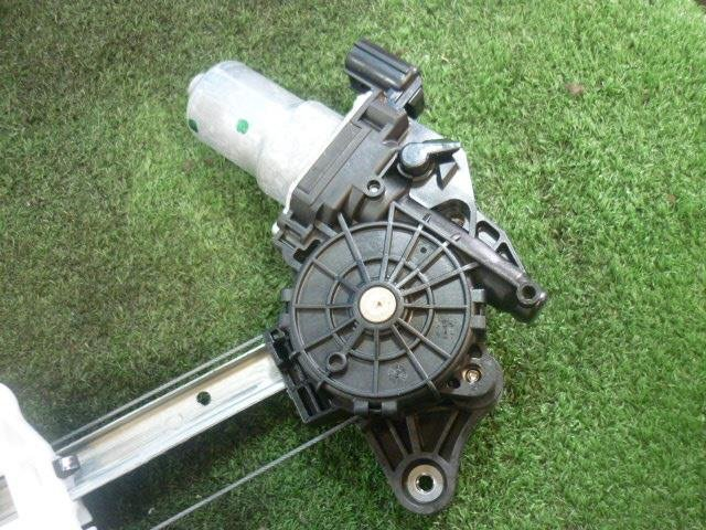 Стеклоподъемный механизм на Honda N-BOX Slash JF1 S07A
