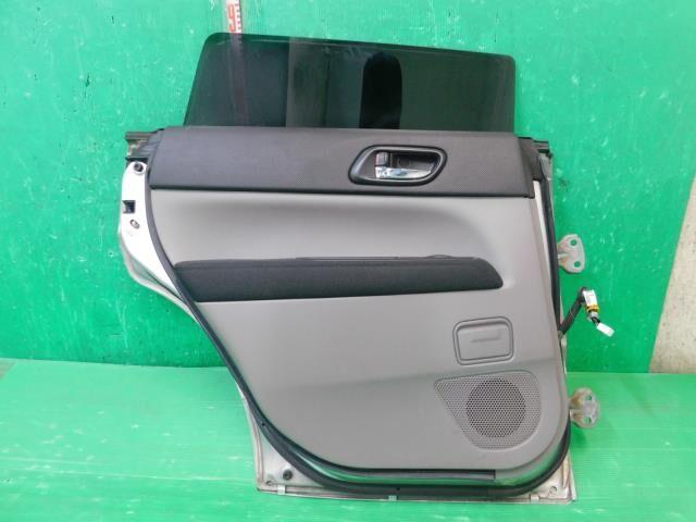 Дверь боковая на Subaru Forester SG5 EJ202