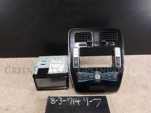 Автомагнитофон на Nissan Leaf AZE0 EM57