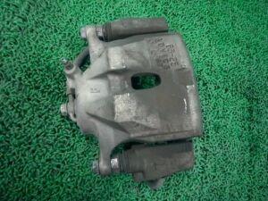 Суппорт на Toyota Voxy ZRR70W 3ZR-FAE