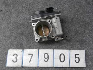 Дроссельная заслонка на Nissan Ad VY12 HR15DE