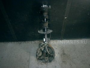 Стойка амортизатора на Toyota Noah ZRR70G 3ZR-FAE
