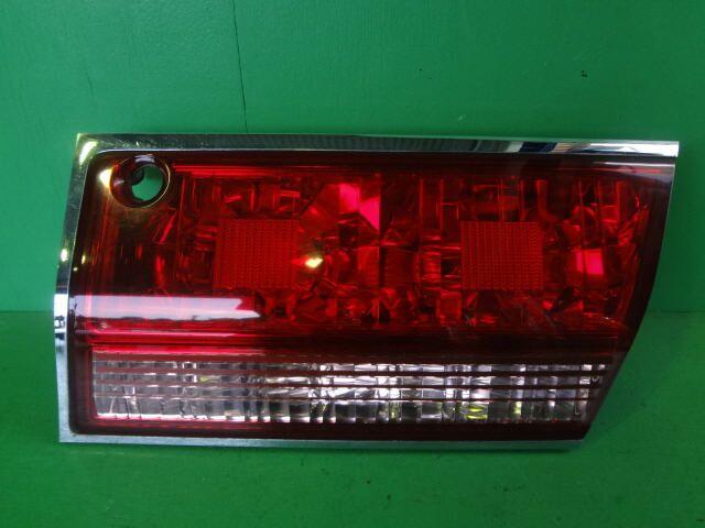 Стоп-планка на Toyota Crown GS171