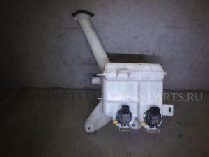 Бачок омывателя на Toyota SPADE NCP141 1NZ-FE