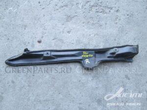 Накладка на крыло на Toyota Prius NHW20 1NZ-FXE