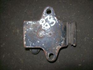 Подушка двигателя на Nissan C23 CD20