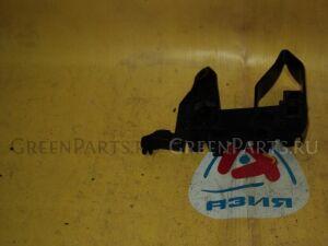 Крепление бампера на Honda Fit GE6