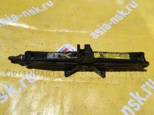 Домкрат на Toyota Probox/Succeed/ist/Ractis/Sienta/Raum NCP50/60/80/100/EXZ10