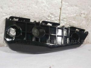 Крепление бампера на Toyota Auris NZE151 1NZ-FE
