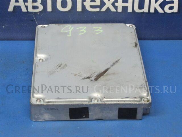 Амортизатор багажника на Toyota Avensis AZT250 1AZ-FSE 89661-2G361