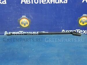 Амортизатор двери на Honda CR-V RD1 B20B 74825-S10-003/74825-S10-013