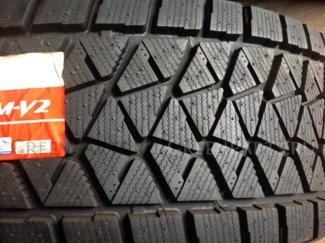 шины JAPAN Bridgestone Blizzak DM-V2 275/65R18 зимние