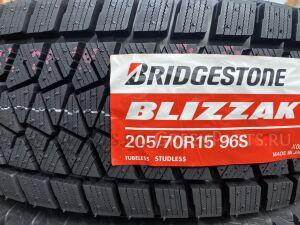 Шины Япония Bridgestone Blizzak DM-V2 205/70R15 зимние