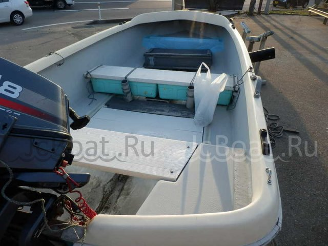 лодка пластиковая YAMAHA 12 2000 г.