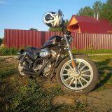 чоппер HARLEY-DAVIDSON XL883L