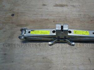 Домкрат на Nissan Elgrand AVWE50, AVE50 QD32ETI