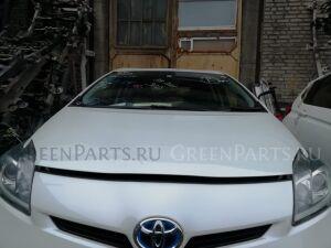 Капот на Toyota Prius ZVW30