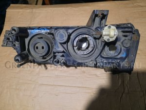 Фара на Nissan Skyline HR31 66131