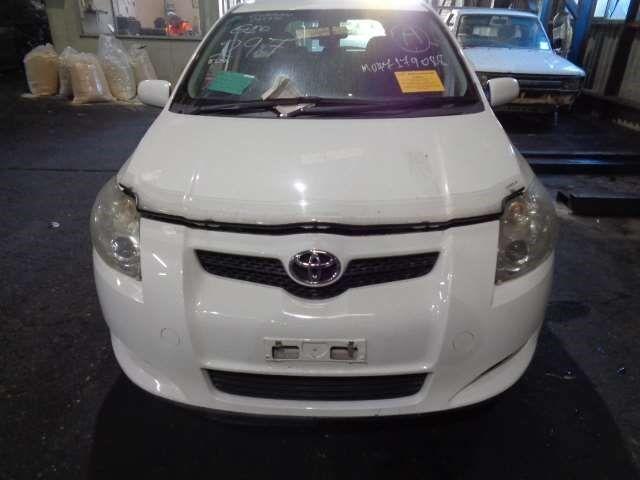 Антенна на Toyota Auris