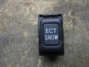 Кнопка на Lexus RX 300 330 350 400H MCU35 1MZ-FE 15a027