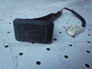 Кнопка на Lexus RX 300 330 350 400H MCU35 1MZ-FE 8493048020
