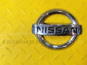 Эмблема на Nissan Tiida (C11)