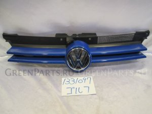 Решетка радиатора на Volkswagen Golf 669931 APK-E