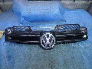 Решетка радиатора на Volkswagen Golf WVWZZZ1KZ5W140445 BLX