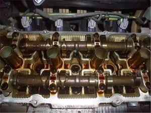 Двигатель в сборе на Nissan Liberty RM12-116114 QR20DE