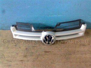 Решетка радиатора на Volkswagen Golf WVWZZZ1KZ7U022483 BVY